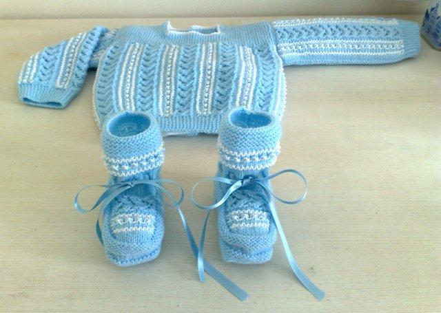 112cc40da Jerseys hechos a mano para bebés recién nacidos - CharHadas