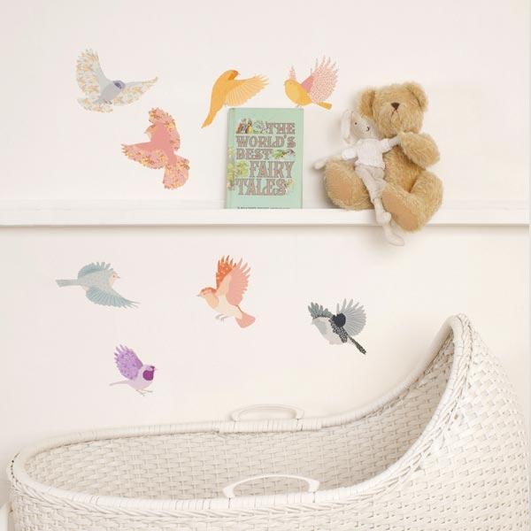 Los vinilos más dulces para decorar la habitación del bebe - CharHadas