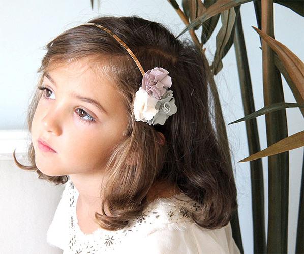 35f9bb622 Tocados y diademas de flores para Primera Comunión – CharHadas