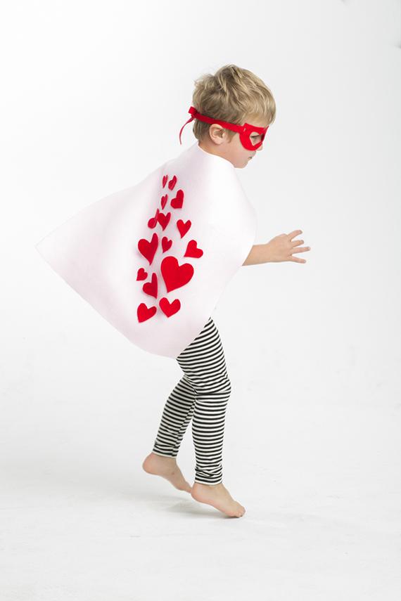 disfraz_niños_fácil_super_heroe_san_valentin_ideas_inspiraciones_30