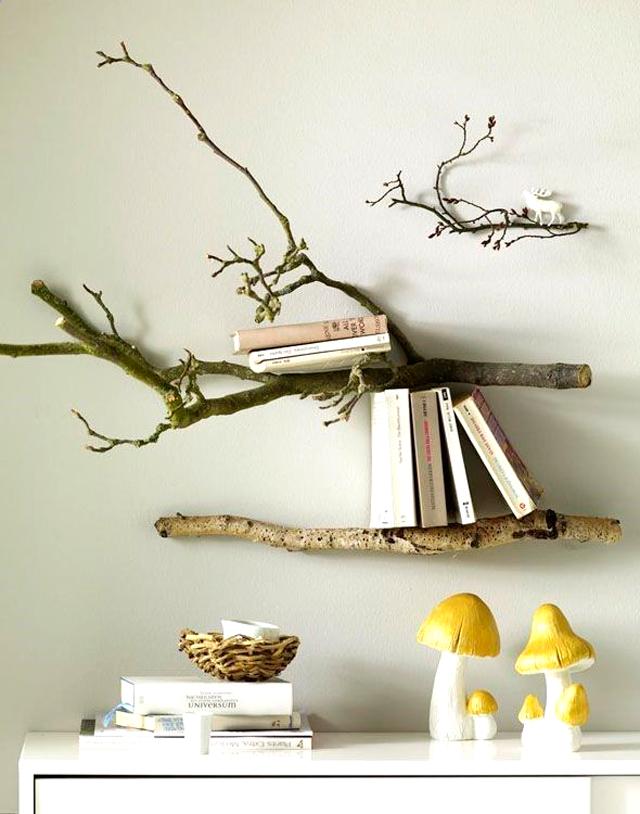 Decoración con troncos, una estantería