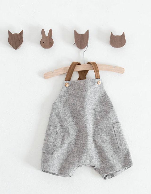 Nueva colección Zara Mini. Peto gris