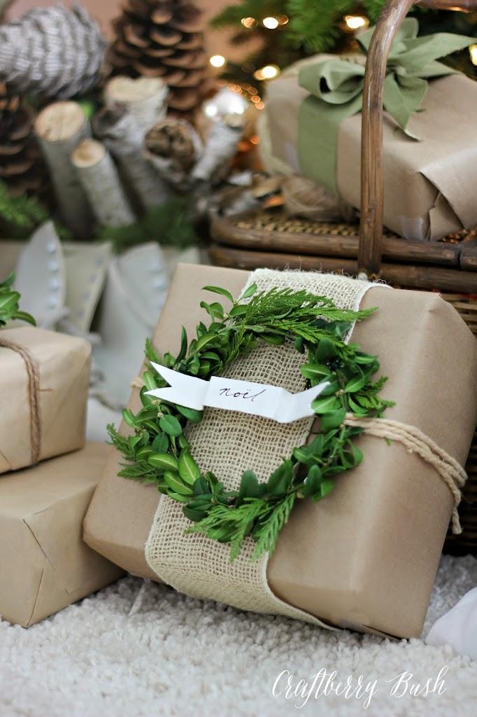 paquetes con papel kraft