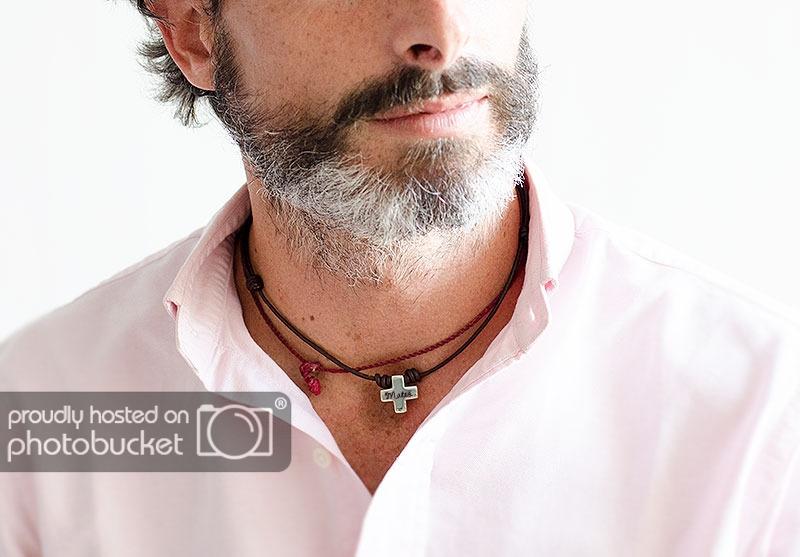 colgante cruz-de-plata-con-nombre-para-hombre_regalos personalizados navidad