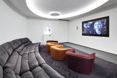 G2J_RUS_salon-cine