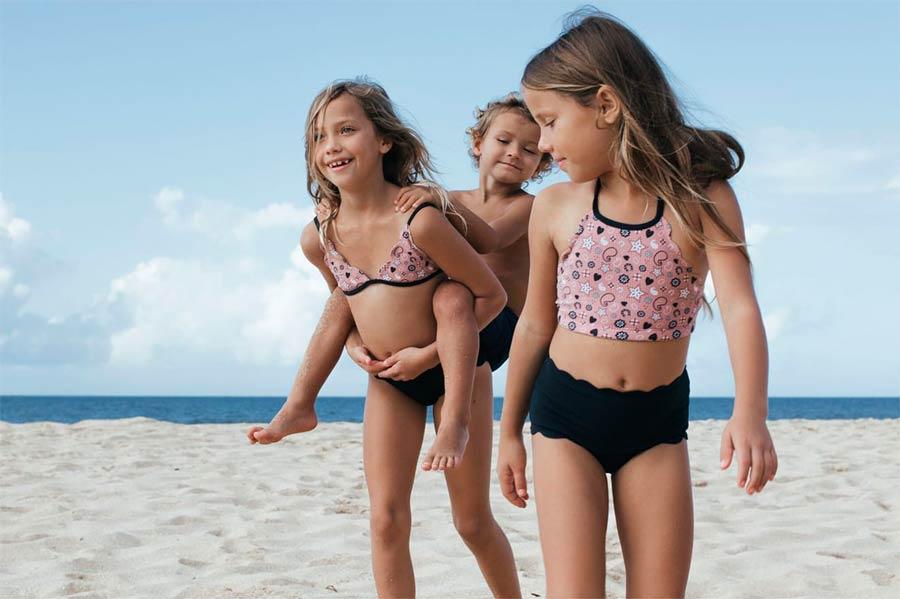 Los trajes de baño para niñas y niños más cómodos en ...