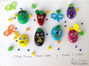 Piedras de monstruos pintados y decorados