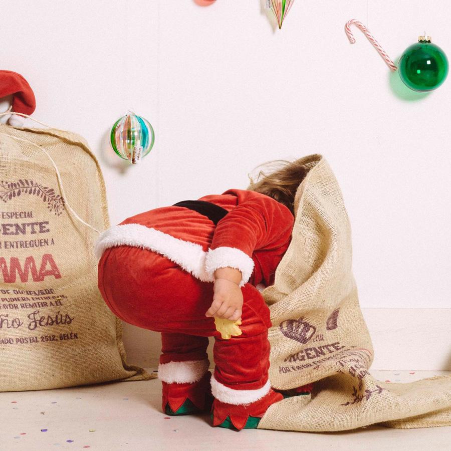 bcdab049d ... creando recuerdos que nunca olvidaréis e impregnando vuestro hogar de  la magia navideña gracias a los originales sacos de Papá Noel y los Reyes  Magos.